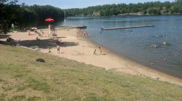 Gull Lake Rotary Park beach
