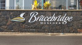 town of bracebridge sign