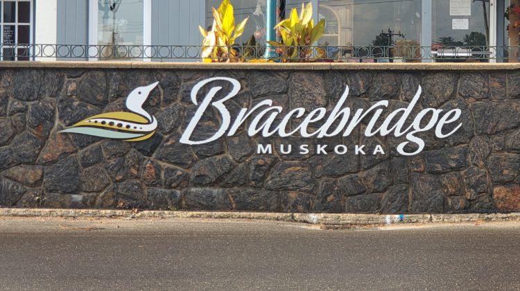 town of bracebridge sign